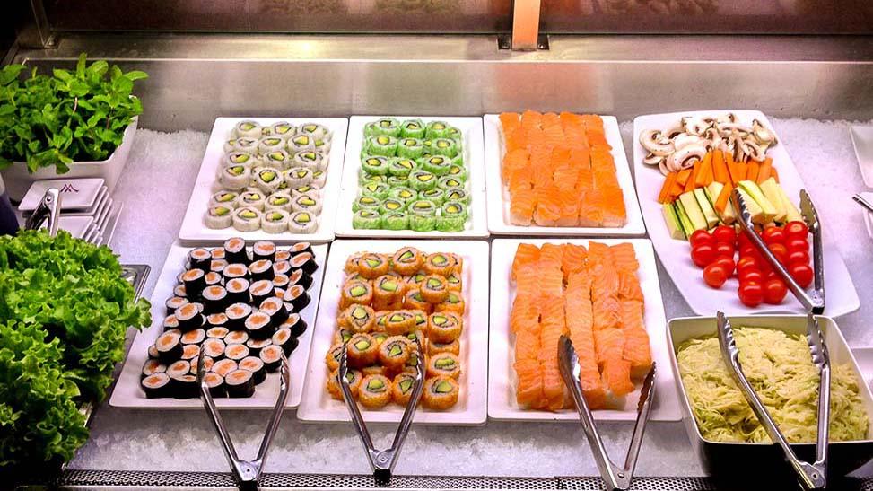 buffet-d-entrees-restaurant-mangofusion-sushis-sashimis-fait-maison-1024